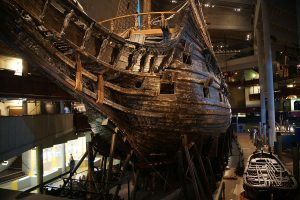 1200px-The_Vasa_from_the_Bow